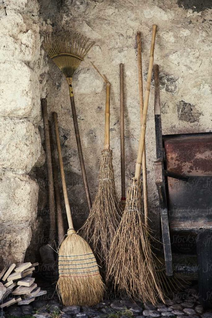 content_old_broom-683x1024-2238998