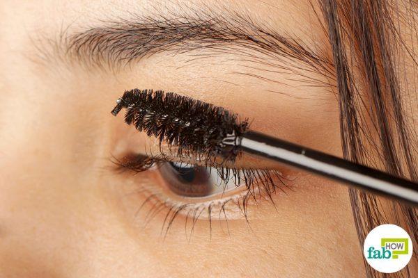 intro-get-thicker-eyelashes-600x400-7483406